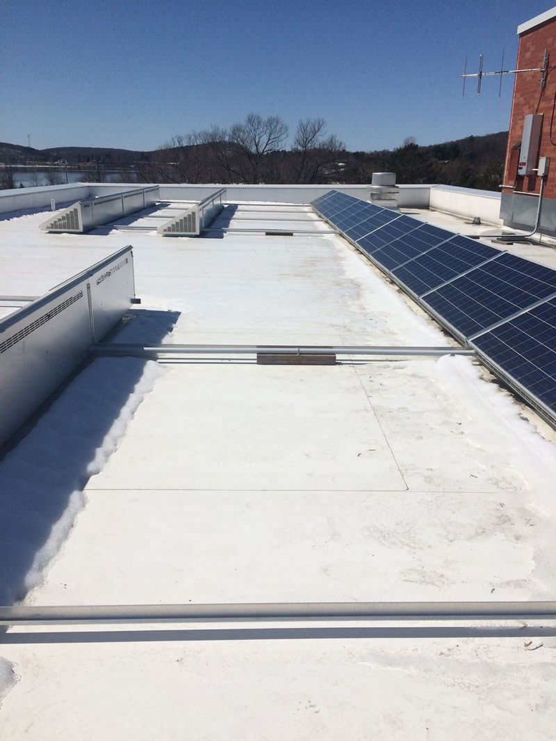 Flat roof with solar panels